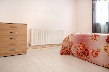 Barnes House - Deluxe Guest Room