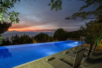 Pinebay Holiday Resort