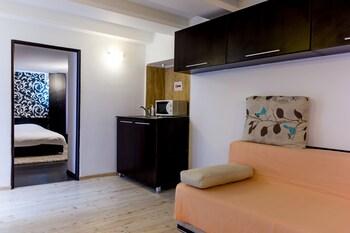 Piata Sfatului Apartments