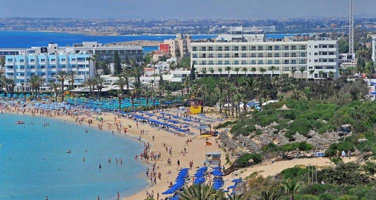 Nelia Beach
