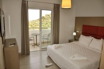 Daniel Luxury Apartments