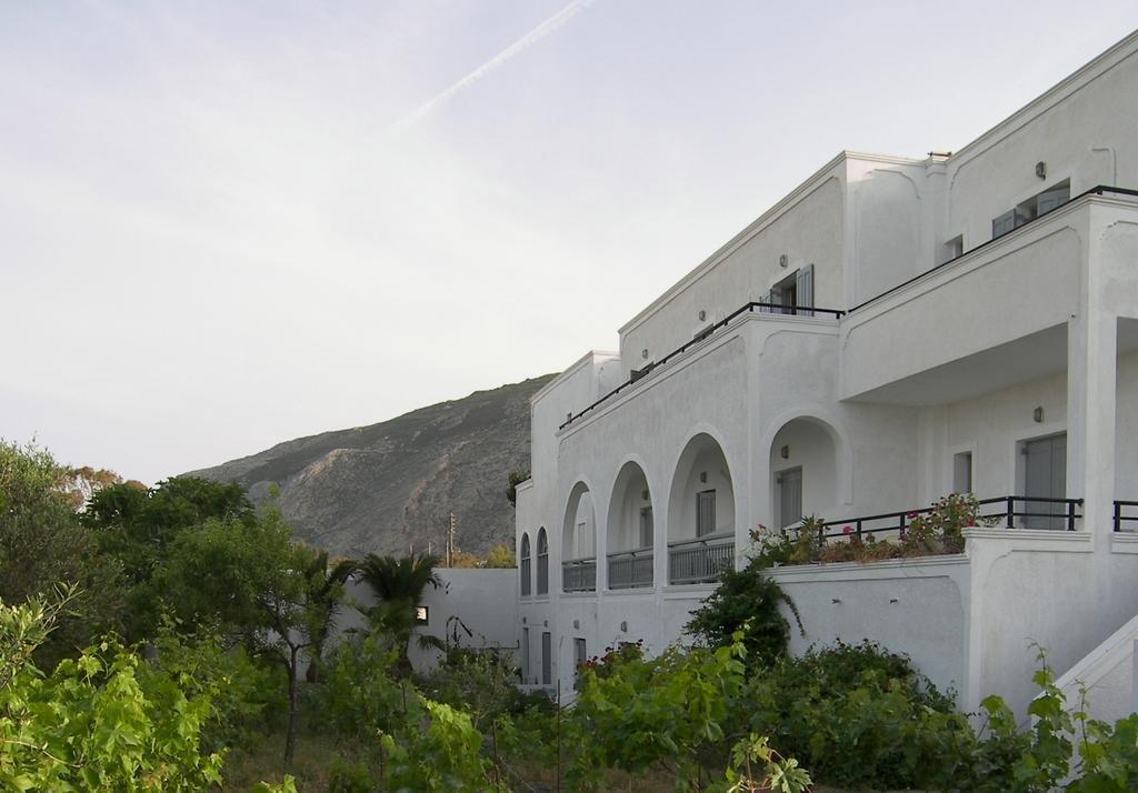Alia (Kamari - Santorini)