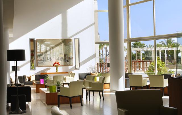 GOLDEN BAY BEACH HOTEL - Paste 2020
