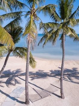 First Landing Beach Resort And Villas