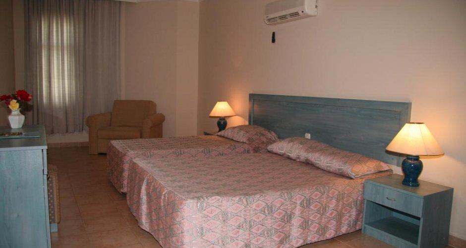 ELYSEE GARDEN HOTEL 3+ *