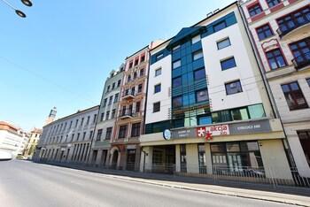 DUKES ApartHostel - Old Town