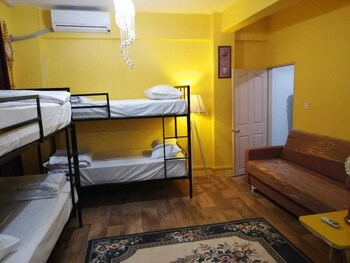 Terrace Yasar Hostel - Adults Only