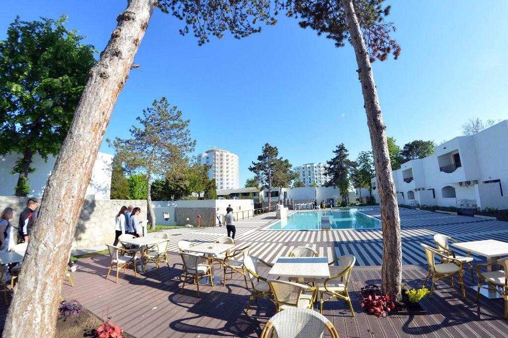 Mera Resort