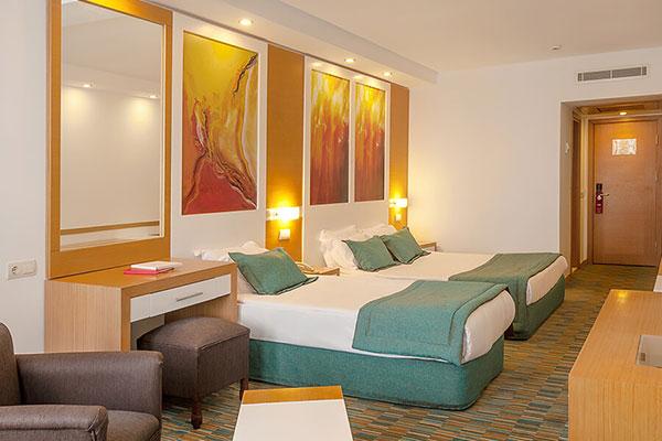 LADONIA HOTELS ADAKULE