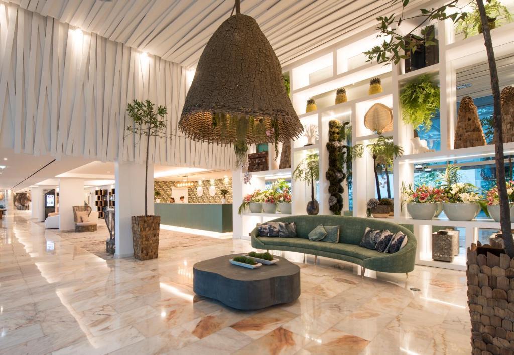 ALTO LIDO HOTEL