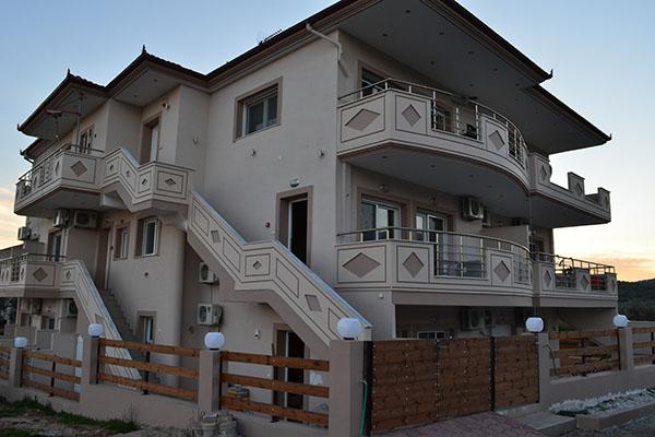 Grand Villas Apartments