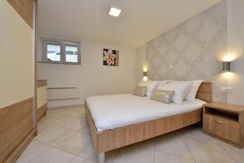 Apartments Villa Karla