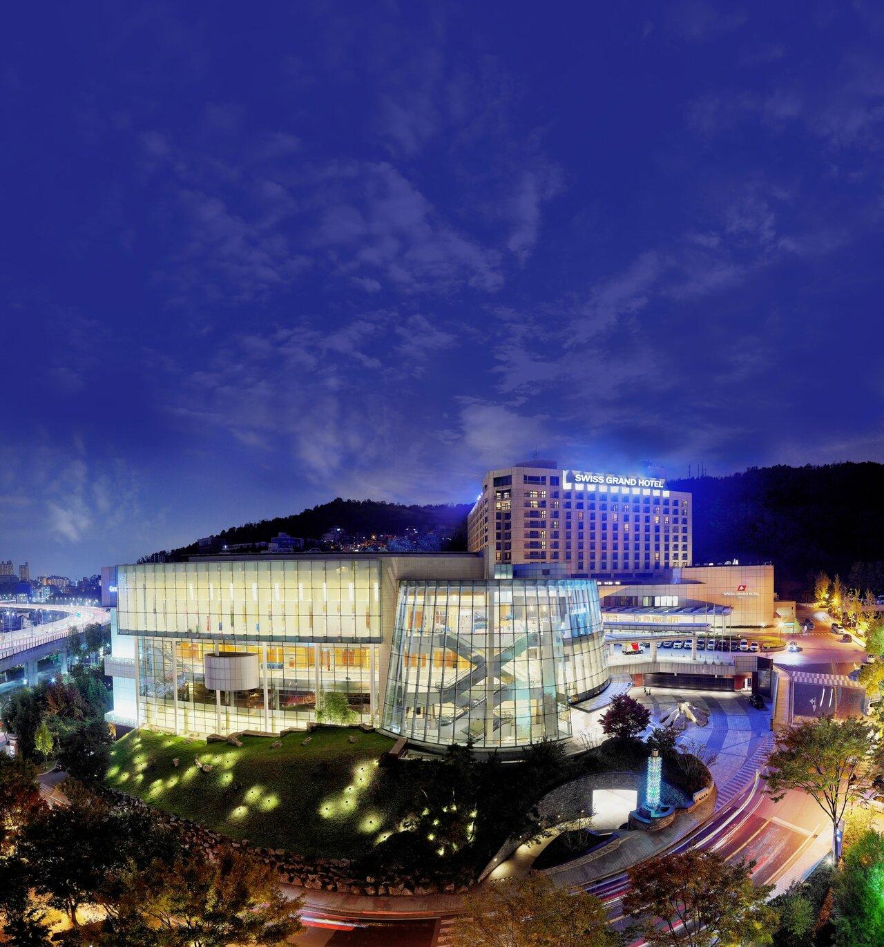 Grand Hilton