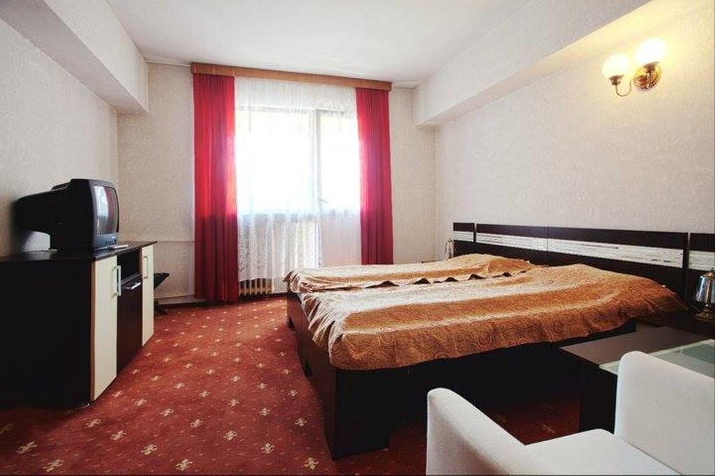 Hotel Dacia - Seniori Activi - Sejur cu tratament