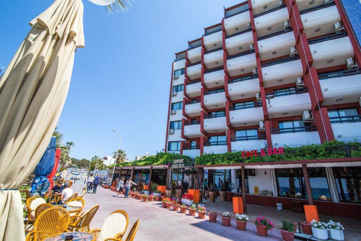 SUNDAY BEACH HOTEL