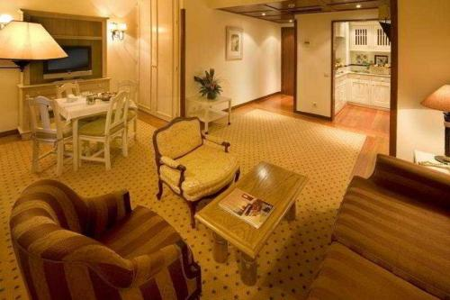 Real Residencia Suite