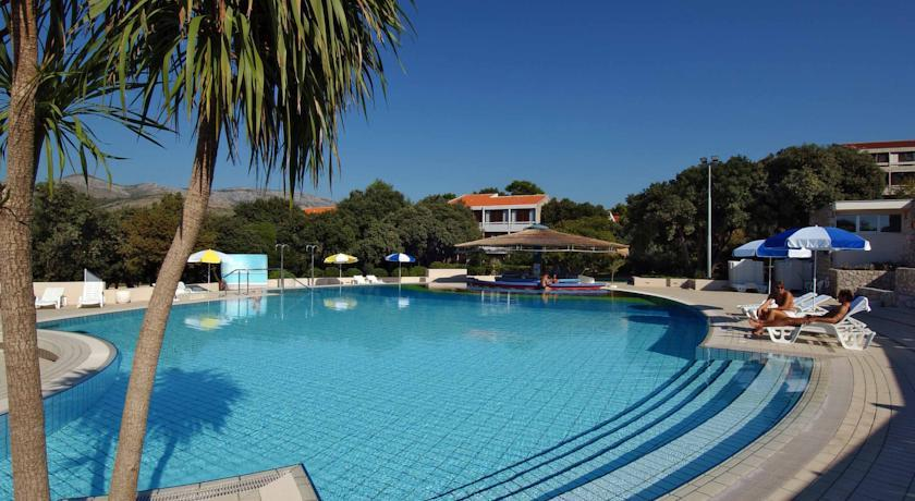 Tirena  Sunny Hotel
