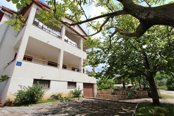 Guests House Sanja