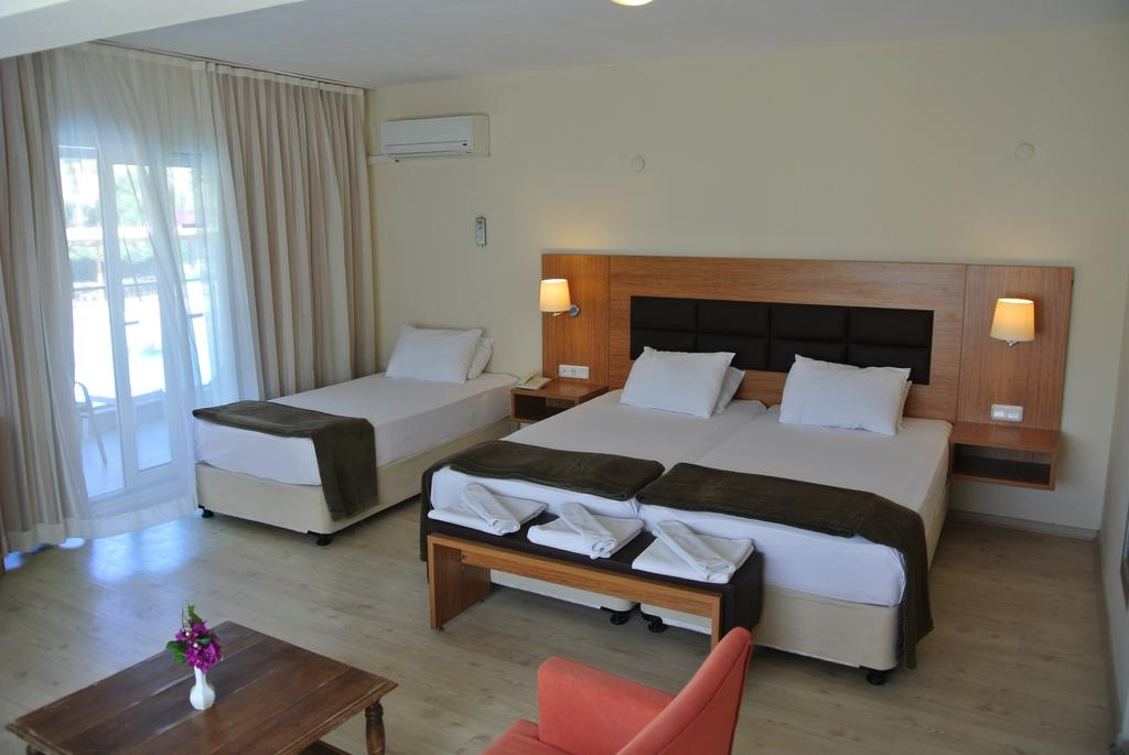 BEGONVILLE HOTEL