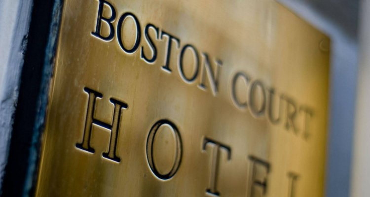 Boston Court Hotel