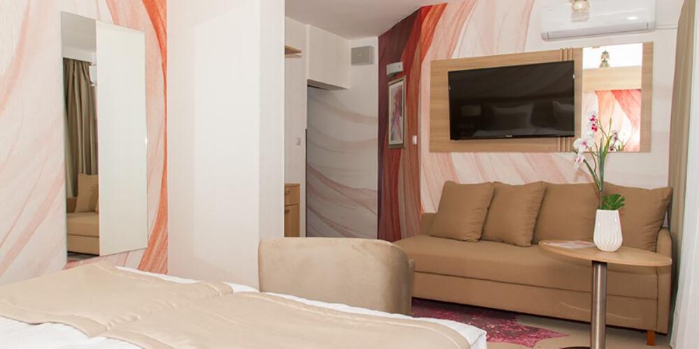 EUROPA HOTEL & CASINO