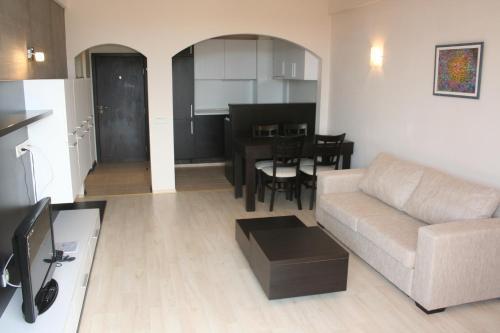 Aparthotel Vris