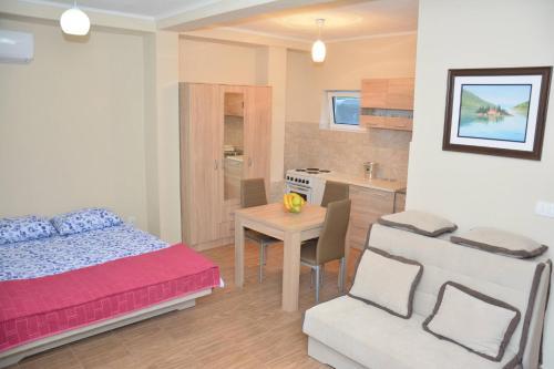 Apartments Marash