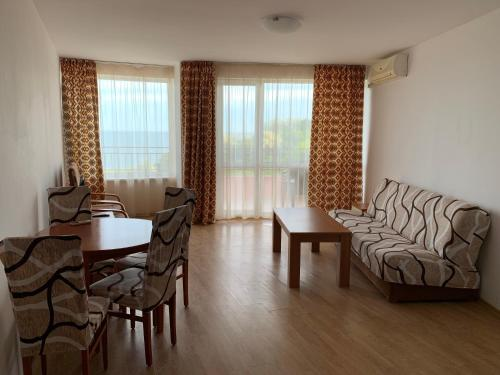 Riviera Fort Apartments Cts