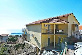 Apartments Marinovic