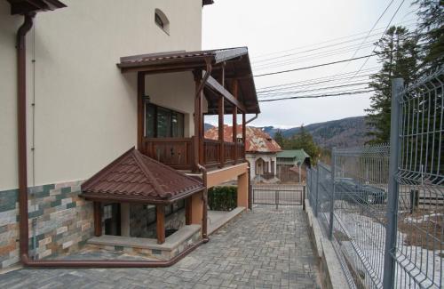 Upper Residence