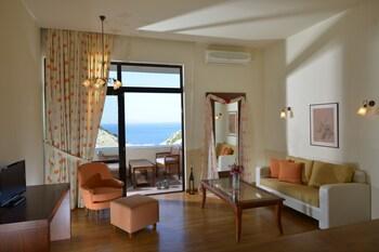 Chc Athina Palace Resort And Spa