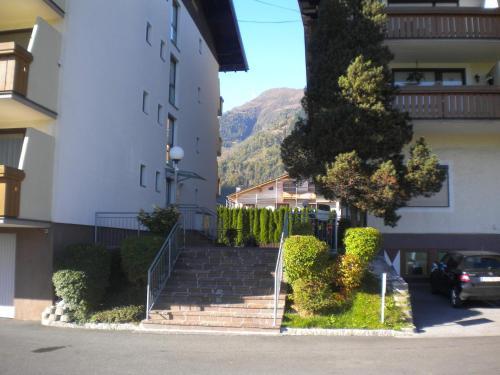 Cheerful Apartment