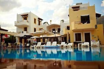 Sun and Sea Apartments