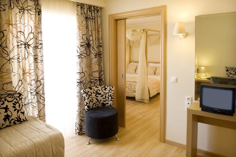 GALAXY HOTEL BEST WESTERN