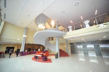Eto Park Hotel Business And Stadium