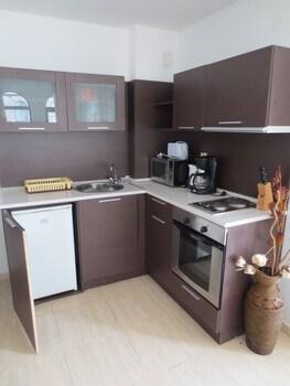 Etara Apartments
