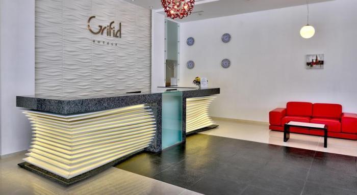 Grifid Metropol - hotel pentru adulti