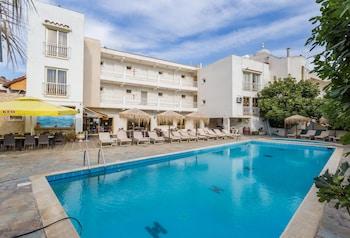 Antonis G Hotel Apartments