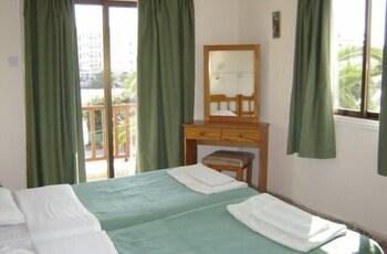 Maricosta Hotel Apartments