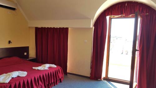 Cantilena Hotel