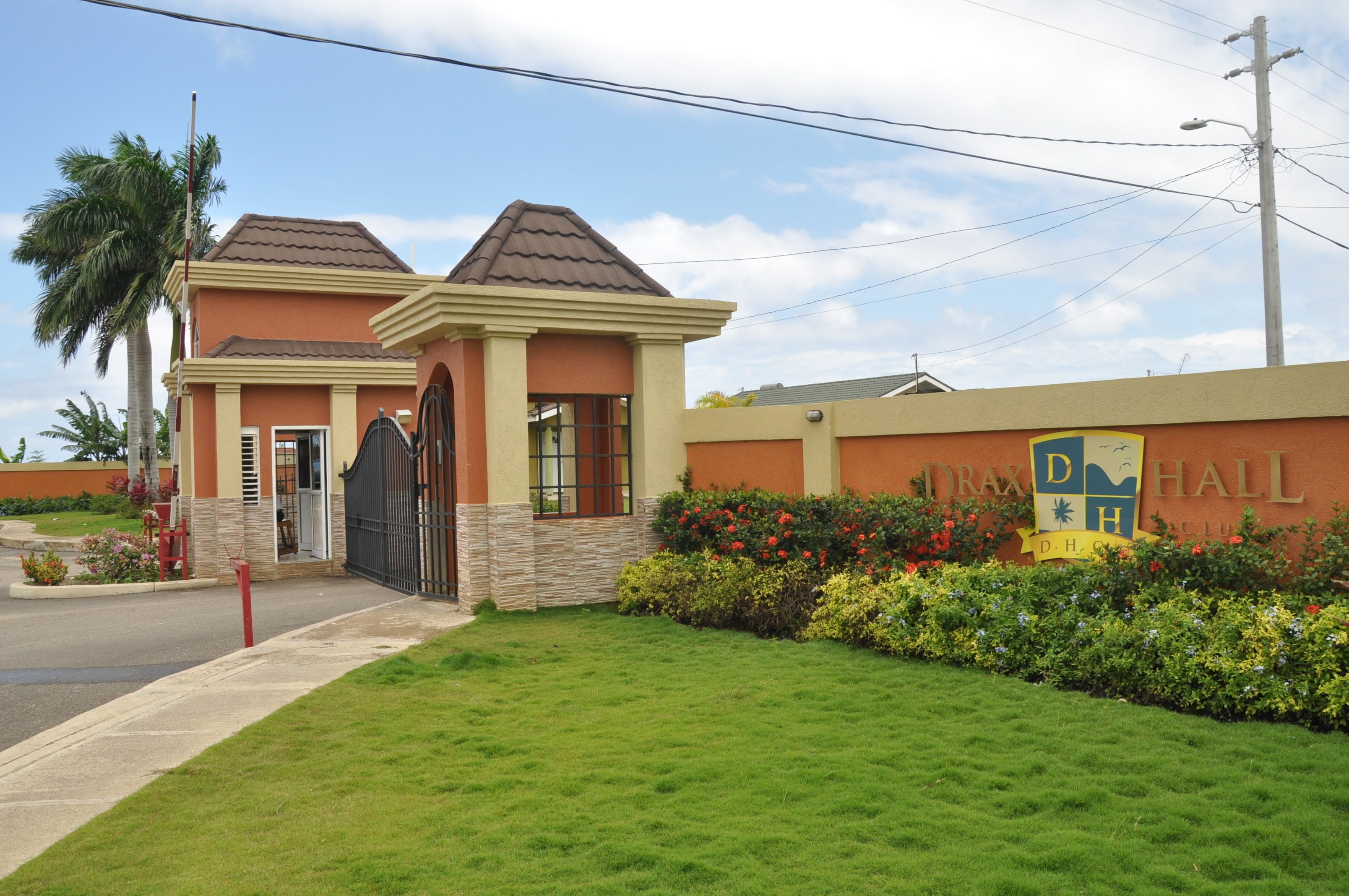 Ocho Rios Palm View Villa And Apartments