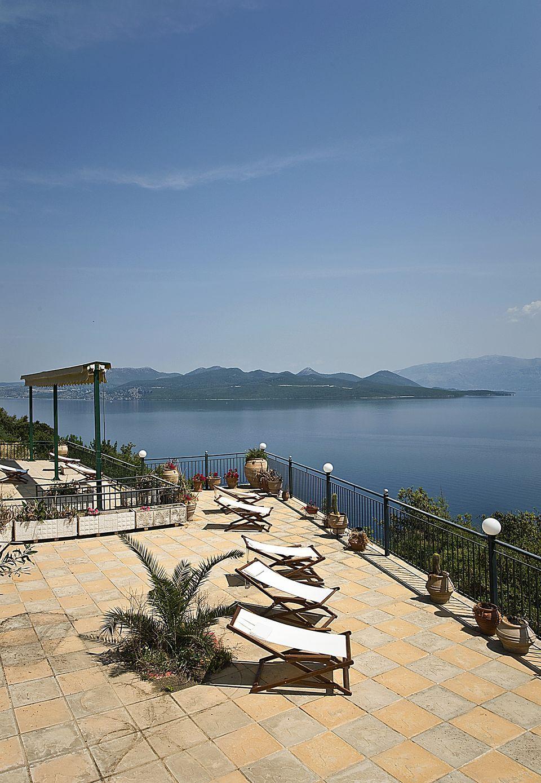 Villa Magemenou Nikiana
