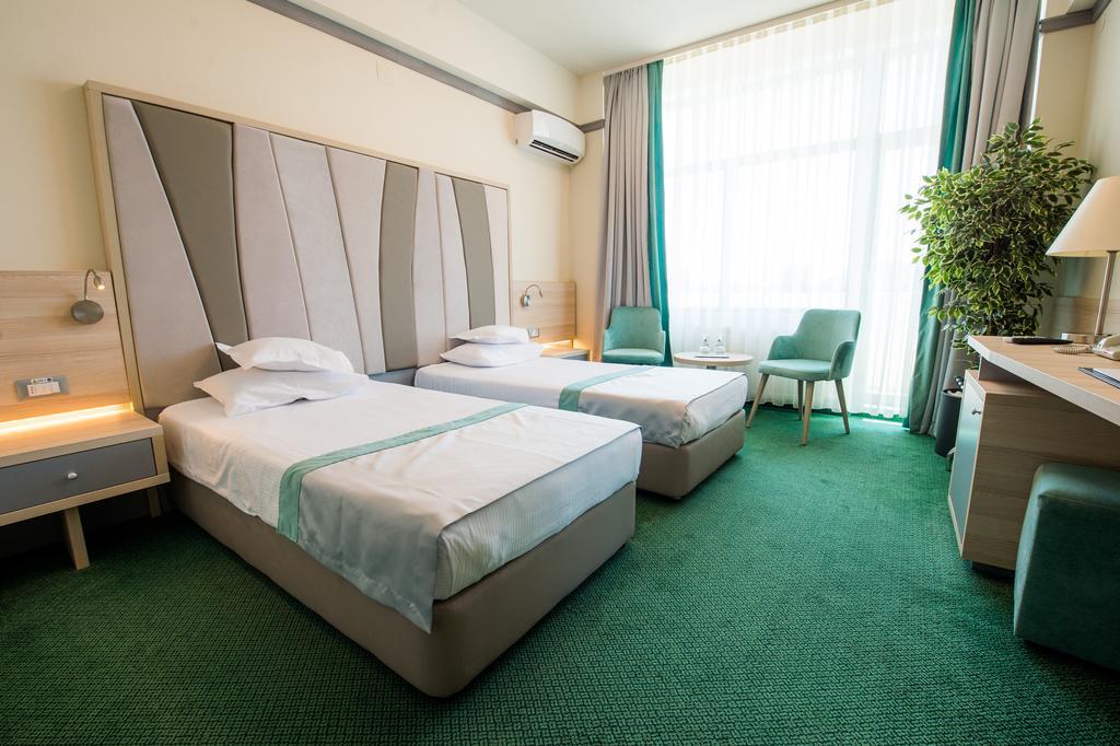 Hotel Malibu - Oferta Paste
