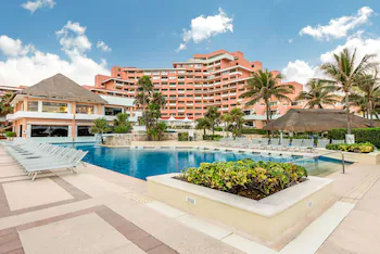 Omni Cancun Hotel And Villas