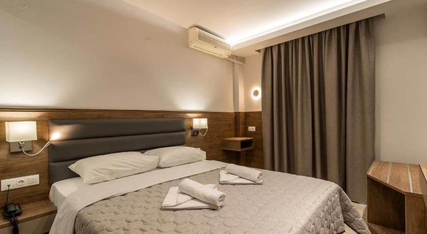Sintrivanis Beach Hotel