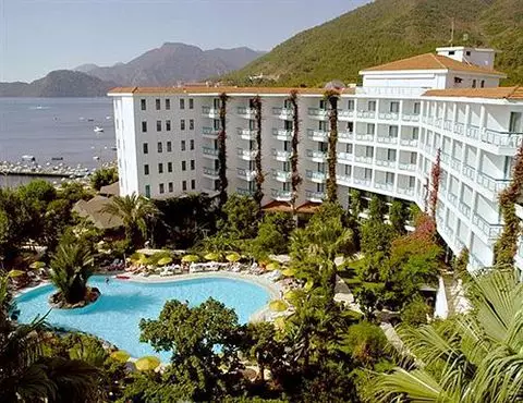 TROPIKAL BEACH HOTEL