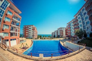 Grand Resort Apartments