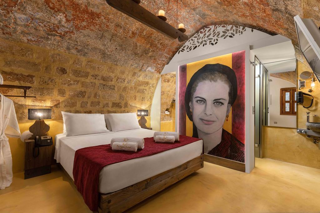 10GR HOTEL