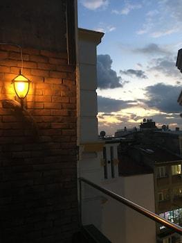 Istanbul Terrace