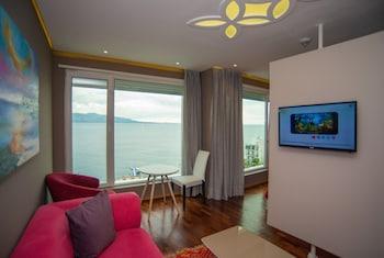 Bougainville Bay